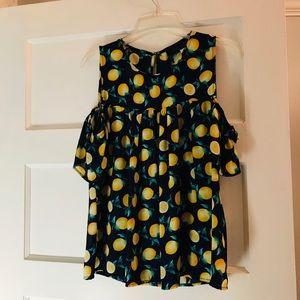Cold shoulder lemon blouse!